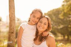 Sessão de fotos para a mamãe. As irmãs fizeram essa linda foto para a mamãe. Parabéns mamãe.