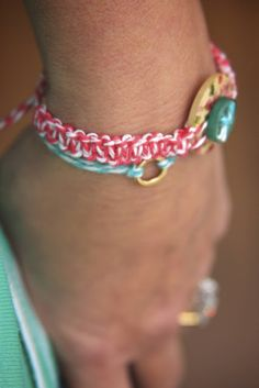 baker's twine macrame friendship bracelet | Monika Wright