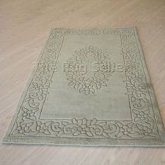 Royale rugs - traditional indian wool in saddle