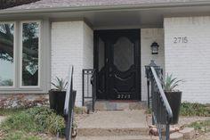 How to Limewash Brick – Jenny Garvinyasa - Home & DIY Exterior House Colors, Exterior Paint, Whitewash Brick House, Brick Fireplace, Brick Ranch Houses, Painted Brick Exteriors, Orange Brick, White Wash Brick, Modern Farmhouse Exterior