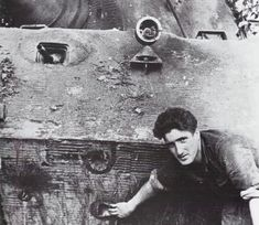 Brief entry into the War The German Tiger II heavy tank is disputably one of the best tanks of the entire World War II, and despite it's flaws it was also Tiger Ii, Rc Tank, Tank Armor, Ww2 Photos, Ww2 Pictures, Military Armor, Tiger Tank, Ww2 Tanks, World Of Tanks