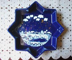 Waechtersbach Cobalt Blue Star Dish Winter Dreams Blue White | Etsy Christmas Dishes, Blue Christmas, Vintage Christmas, Avon Perfume, Soup Plating, Snow Scenes, Silver Spoons, Vintage China, Cobalt Blue