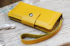 iPhone6/ full option yellow leather phone by SakatanLeather