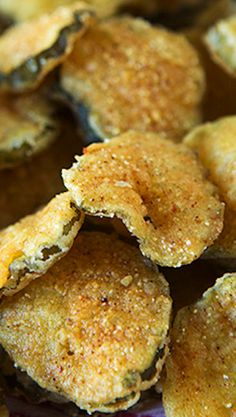 Crispy Deep Fried Pickles. Try it with no grease or oil! [ FryWizard.com ] #FryWizard #fryer #express