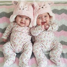 Omg makes me want twin girls!!! https://presentbaby.com