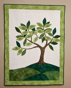 Family tree (front) (could also do this quilt without the names on the leaves for a more simple look: picture only!)