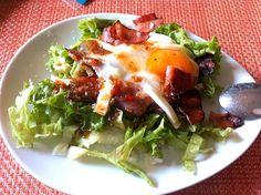ほとんど生で卵かけご飯 - 10件のもぐもぐ - サラダ卵丼 by obiudon