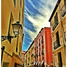 Describe tu pin...el cielo de verano en Lavapies.. Madrid