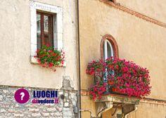 Una visita improvvisata a #Visso, suggestivo #borgo nel cuore dei #Monti #Sibillini, nelle #Marche  http://luoghidavedere.it/luoghi-da-vedere-in-italia/marche/una-visita-improvvisata-a-visso-suggestivo-borgo-nel-cuore-dei-monti-sibillini_1634  #viaggi #borghi #italia #travelblog #blog #travelblogger