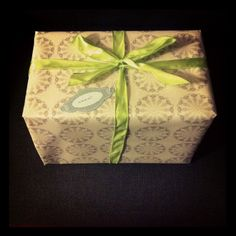 #giftwrapping #gift #wrap #wrapping #regal #regalo #washi #washitape