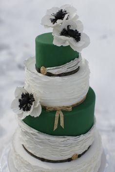 22 Best Emerald Green Cakes Images Emerald Green Weddings Green