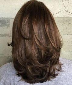 medium layer haircut for thick hair