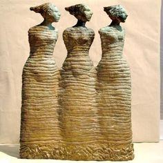Hanneke van den Bergh - de drie Nornen (sculpturen/brons)
