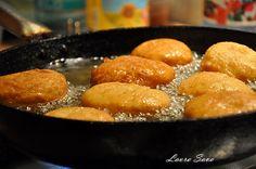 Gogosi Pretzel Bites, Sweets, Bread, Food, Recipes, Good Stocking Stuffers, Candy, Eten, Goodies