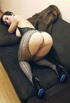 flexible girl gets fucked