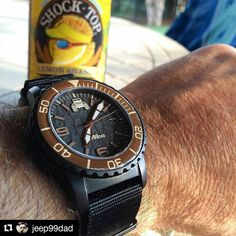 @jeep99dad #undonemonday with the #jeep99dadundone #watch on a #toxicnatos with PVD hardware.  and a refreshing #shocktop lemon shandy beer as I grill out in the heat  #undonewatches #horology #instawatch #watchporn #watchesofinstagram #watchoftheday #watchfam #watchuseek #watchcollector #watchreport #wristporn #wruw #jeep99dad #carolinawatches #charlottecrew