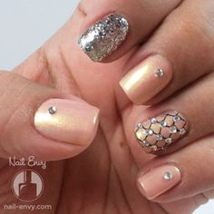 Blinged Out Peach Nail Design #nailenvy #prettymani #nailart #glitterpolish Follow this artist on #beautyapp - bellashoot!