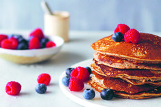 These pancakes are sweet, delicious and super easy to prepare. They are grain-free, high in protein and perfect for those who like to start the day with something sweet.
