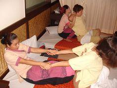 Massaggio Thailandese in un centro massaggi