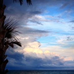 Stormy clouds at the beach. #usa #beach #clouds #stormy