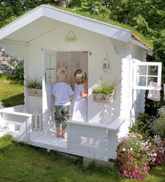 BOISERIE & C.: La casetta in legno per i bambini