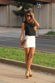Jupe blanche et top noir