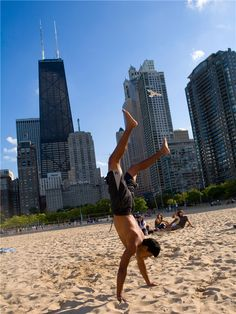 Chicago's Oak Street Beach. This golden sweep of sand on the shore of Lake Michigan, set against the iconic backdrop of Chicago's mighty skyline, is a delightful surprise. When the city swelters under August sunshine, this city beach is a hugely popular escape.  The beach arrived by accident, when a shipping pier that had been built on the Chicago River caused silt to build up and sand to wash to the north end of the Streeterville district.