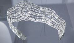 "Tiara on display at the ""Cartier Le Style et l'Histoire"" exposition Grand Palais, Paris (Dec 2013 - Feb2014)"