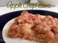 Apple Crisp Bars http://www.momspantrykitchen.com/apple-crisp-bars.html