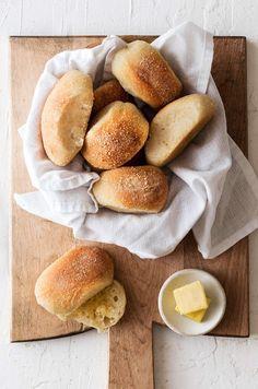 Puff Pastry Pizza, Biscuit Pizza, Filipino Recipes, Filipino Food, Pandesal, Breakfast Bake, King Arthur, Bread Rolls, Quick Bread