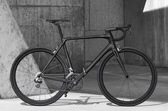 Special bike with a special name; Heroïn | More at Racefietsblog.nl