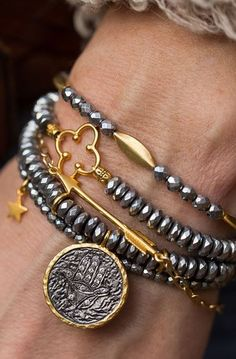 Stack Clover Arrow Bracelet - hematite with gold accents