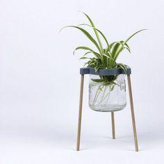 Vase en impression 3D, pot de yaourt en verre et baguettes de bois 3d Printing Diy, Baguettes, Assemblage, Objet D'art, Interiores Design, Botany, Decoration, 3d Printer, 3 D