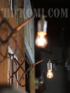 【商品番号:WOL-13-84】工業系アルミソケット角度調整付シザーアーム蛇腹ブラットランプA/アンティーク照明 Hi-Romi.com(ハイロミドットコム) (TEL)078-203-9620 (Mail)info@hi-romi.com (URL)http://hi-romi.com