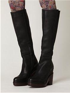 hot autumn 2011 boots. Tights!