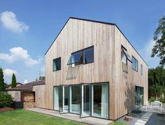 Holz und viel Glas statt Stein und Beton - darauf setzt das mittelständische…