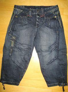 * * * LE JEAN DE M+F GIRBAUD Jeans knielang Caprijeans, Gr.F 36/D 34 * * * Capri Jeans, Girbaud Jeans, Pants, Fashion, Clothing Accessories, Fashion Women, Trouser Pants, Moda, Fashion Styles