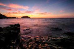 Sunset  #discover #drobosummer #explore #fujifilm #fujifilm_xseries #fujifilmmy #fujifilmxt2 #sunset #goldenhour #place #photography #photoshoot #photo #photooftheday #travel #travelphotography #travelgram #travelpics #urban #water #summer #urbanexploration #sea