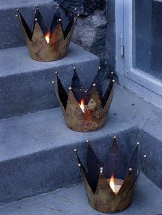 Epiphany crowns for front porch. With Epiphany prayer near door (inside of pillar)? Christmas Time, Christmas Crafts, Christmas Decorations, Tin Can Crafts, Diy And Crafts, Crown Decor, Idee Diy, Candle Lanterns, Epiphany