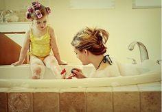 Mum& girl, cute!