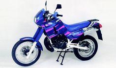 1994 Jawa 250/300 model 593 East Germany, Classic Bikes, Eastern Europe, Motorbikes, Vehicles, Czech Republic, Java, Places, Model