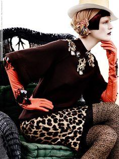 Mario Testino for Vogue September 2012 - Location: Lima - Perú.