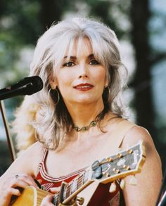 Emmylou Harris Photo at AllPosters.com