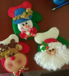 silverware holder Christmas Makes, Christmas Baubles, Felt Christmas, Holiday Ornaments, Christmas Holidays, Christmas Projects, Decor Crafts, Diy And Crafts, Christmas Crafts
