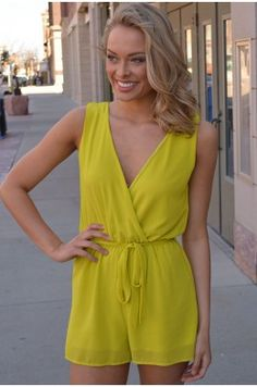 Keira A little neon romp-around. #chelseasboutique #fashion #siouxfalls #southdakota