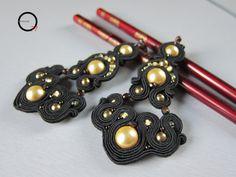 Orecchini soutache Dark queen. Design Giada Zampar -Opificio77-