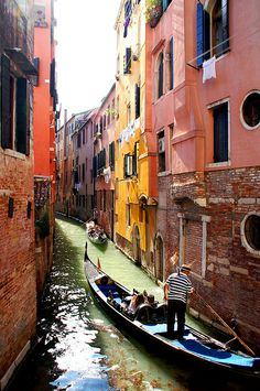 Ride a gondola in Venice, Italy. Never had to the chance to, but Venice was beautiful. Places Around The World, Travel Around The World, Around The Worlds, Dream Vacations, Vacation Spots, Romantic Vacations, Italy Vacation, Romantic Travel, Italy Honeymoon