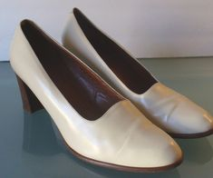Vintage Made in Italy Bone Coach Shoes Size 10M by EurotrashItaly on Etsy