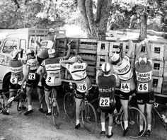 1964 Tour during the 11th stage: (from left to right) Pierre Everaert, Jean Milesi, Rudi Altig, Guy Epaud, Paul Vermeulen, Willy Monty & Guillaume Van Tongerloo
