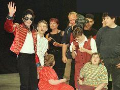 Cartas a Michael: Variety Club Sunshine Coach